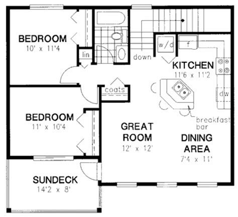 Traditional Style House Plan   2 Beds 1 Baths 864 Sq/Ft