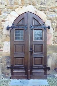Front Door Facade - Interior Design