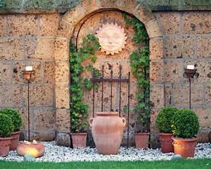 Wanddeko Für Garten : gartenmauer planen bauen und tipps mein sch ner garten ~ Watch28wear.com Haus und Dekorationen