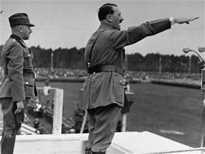 I there any picture of Adolf Hitler pointing to the right ...