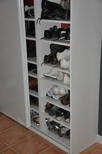Idee Rangement Chaussure : rangement placard a chaussures ~ Teatrodelosmanantiales.com Idées de Décoration
