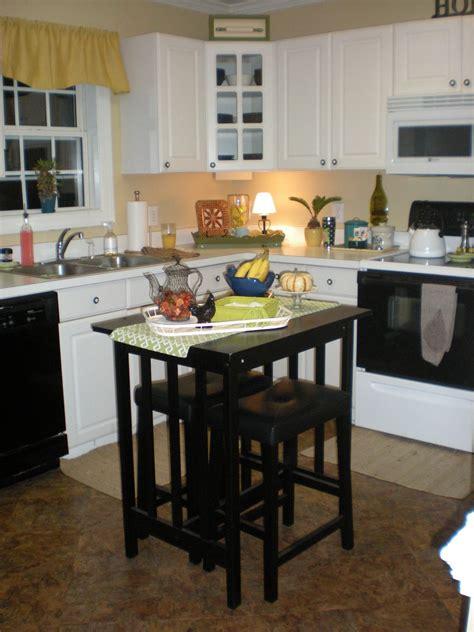 thrifty finds  redesigns create   kitchen island