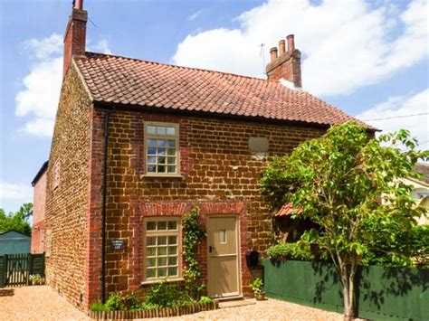 norfolk cottage mulberry cottage snettisham east anglia self