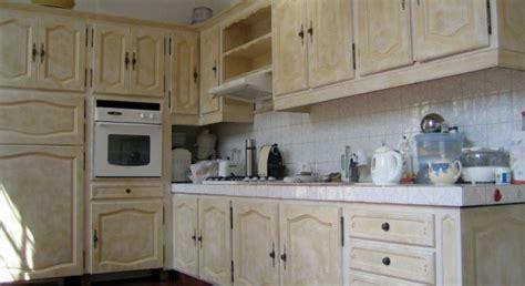 moderniser sa cuisine relooker sa cuisine à moindre coût décoration cuisine
