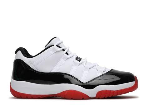 Air Jordan 11 Retro Low Suede True White Black University