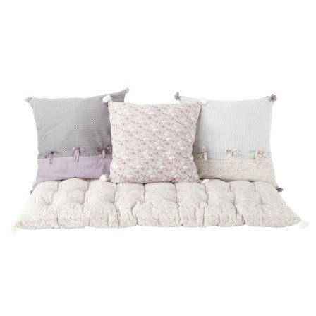 canapé matelas tapissier matelas sol tapissier lit en bois une personne efutoncovers