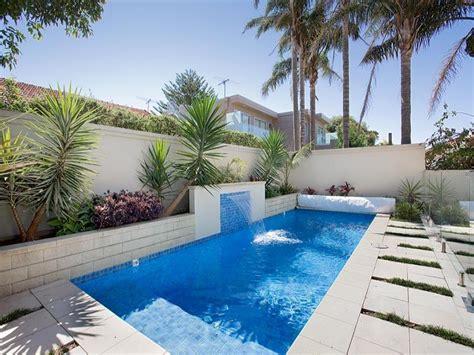 endless pool design  bluestone  pool fence