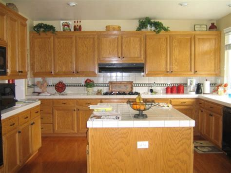 Kitchen: Remarkable Lowes Granite For Fancy Countertop