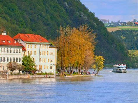 Boat Cruise Vienna To Budapest by Danube River Cruise Hiking Tour Prague To Budapest