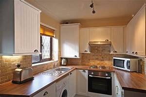 Kitchen remodel ideas for small kitchens large and for Kitchen remodels for small kitchens