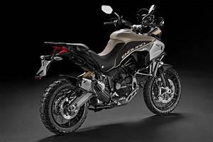 Ducati 1200 Multistrada : 2017 ducati multistrada 1200 enduro pro first look 8 fast facts video ~ Medecine-chirurgie-esthetiques.com Avis de Voitures
