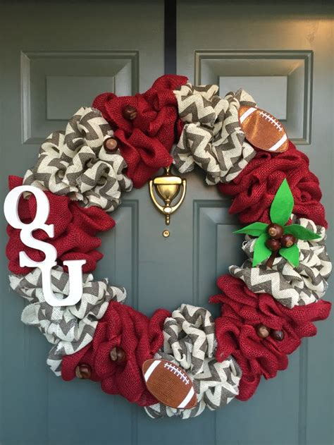 ohio state wreath ideas  pinterest msu ohio