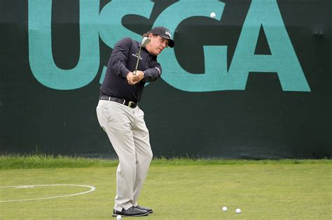 We believe that choosing the right fuel leads to feeling well, leading to a more full life. Rory McIlroy says he would love to see Phil Mickelson win US Open... if he weren't playing ...
