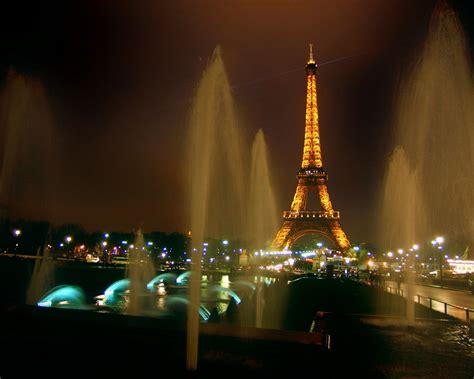 eiffel tower light show timings  size hd