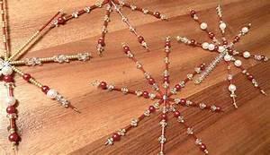 Sterne Selber Basteln Mit Perlen : weihnachtsbasteln sterne mit perlen verzieren ~ Lizthompson.info Haus und Dekorationen