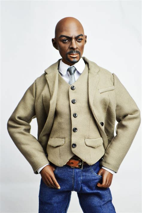 This Idris Elba Doll Looks Nothing Like Him - And The ...