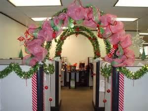 best 20 christmas cubicle decorations ideas on pinterest
