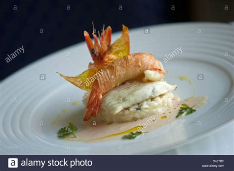 cuisine gourmet nouvelle cuisine gourmet fish and seafood dish stock photo
