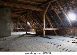 Loft In Stuttgart : wooden beams attic wooden roof of an old building stuttgart stock photo royalty free image ~ Markanthonyermac.com Haus und Dekorationen