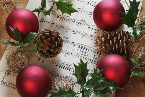 Lyrics and chords included, with mp3 music accompaniment tracks. Free Christmas Sheet Music for Instruments and Choirs