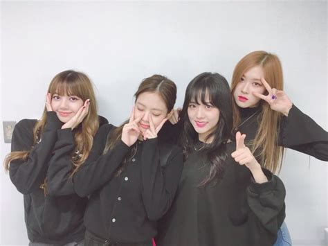 It'll fit with every personal taste. BLΛƆK PIИK - Yes, we all miss blackpink. Yes, we are all...