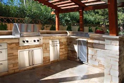veneer outdoor kitchen designing the perfect outdoor kitchen in mustang oklahoma riemer and son landscaping and