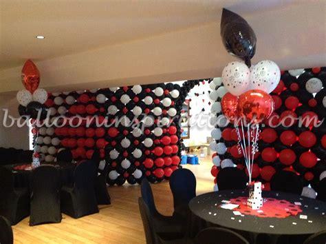 vegas themed decorations uk