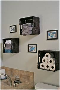 Wall decor for bathrooms diy bathroom wall decor ideas for How to decorate a bathroom wall