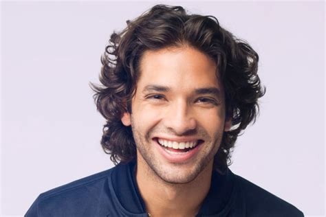 30 Great Curly Hairstyles For Men