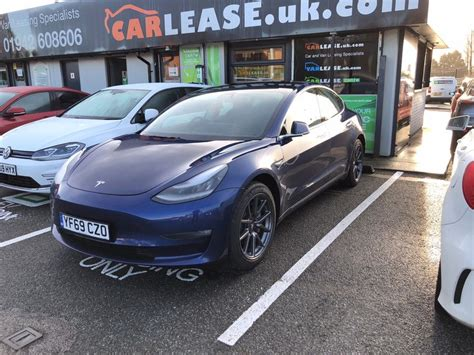 View Tesla 3 Uk Lease PNG