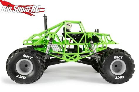 monster jam rc trucks axial smt10 grave digger monster jam truck with video