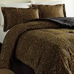 amazon com scent sation wild life 4 piece comforter set queen leopard cheetah print bed sets