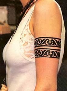 Tattoo Armband Handgelenk : armband tattoo on girls arm tattoos book tattoos designs ~ Frokenaadalensverden.com Haus und Dekorationen