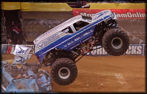 monster truck show in philadelphia themonsterblog com we know monster trucks
