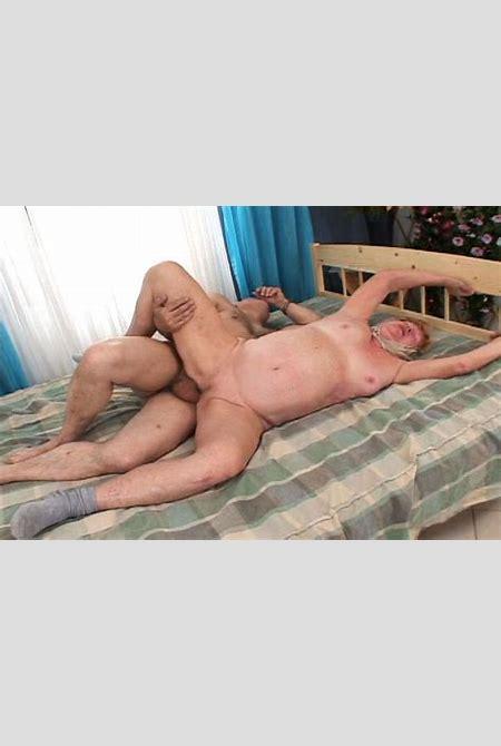 Why Is Grandpa On Top Of Grandma - White Ghetto Tube - XXX Porn Videos - HD Sex Movies