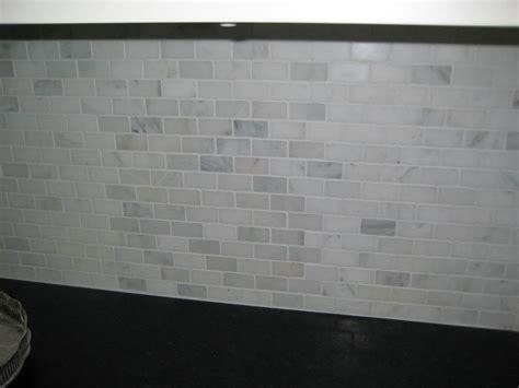 carrara marble subway tile kitchen backsplash subway tile