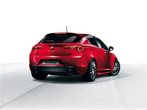 2014 Alfa Romeo Giulietta Reviews  Top Auto Magazine