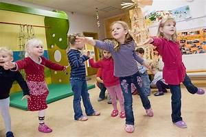 Einverständniserklärung Fotos Veröffentlichen : the red cross children and your future job immigrant ~ Themetempest.com Abrechnung