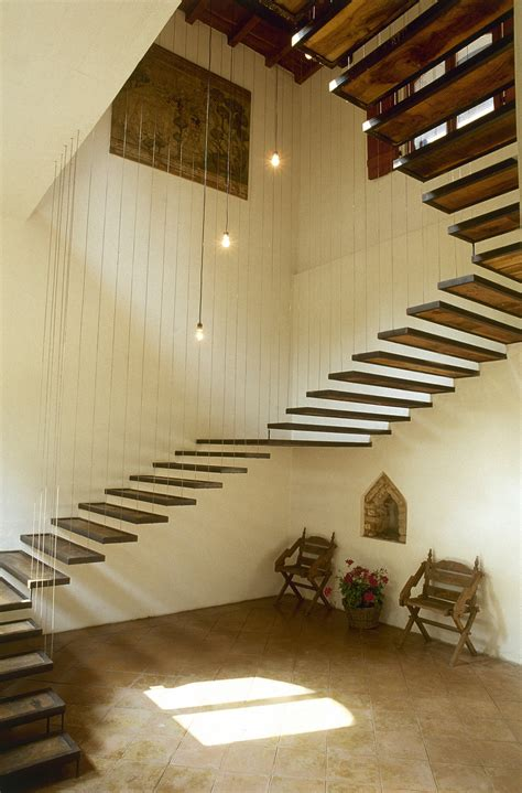 suspended stairs  design ideas remodel  decor