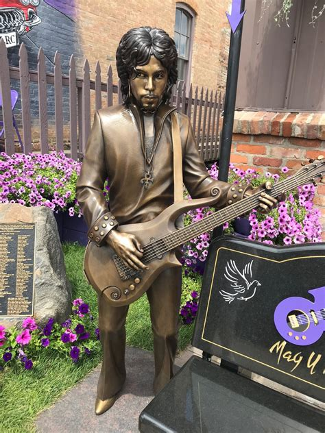 Photos Prince Statue Comes To Henderson Mplsstpaul
