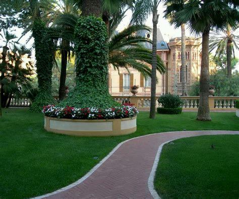 modern homes beautiful garden designs ideas  home