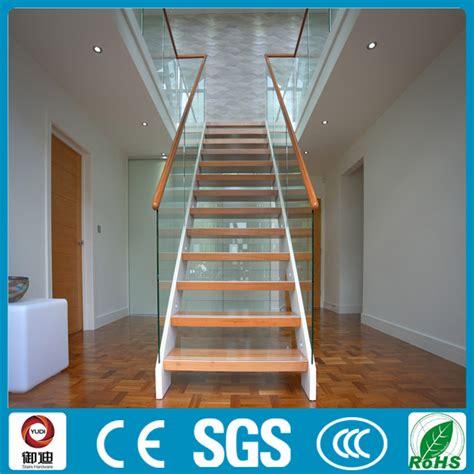 hauteur courante escalier interieur luxury design populaire style int 233 rieur escalier en bois garde corps res et mains courantes