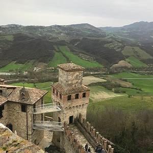 Ristorante Taverna al Castello in Piacenza con cucina