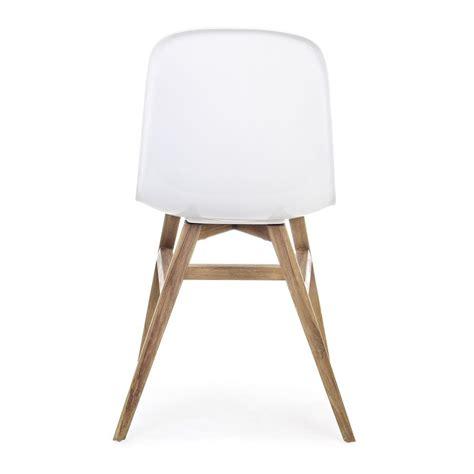 chaise en teck sila chaise en teck avec l 39 assise en fibre de verre