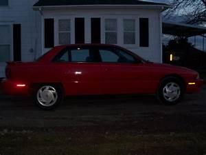 1997 Oldsmobile Achieva - Pictures