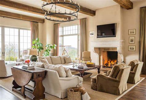 Mediterranean style home in Arizona showcases amazing