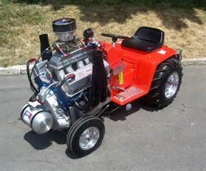 Lawn Mower Pulling Tractors