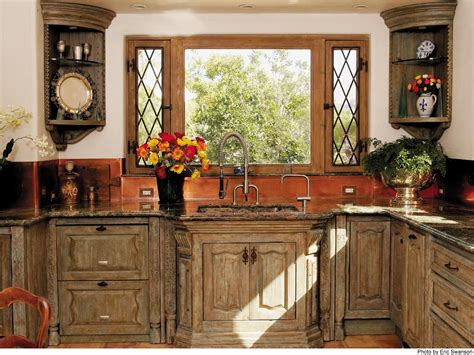 Ideas For The Affordable Yet Chic Country Kitchen Cabinets
