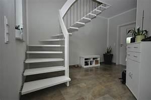 Treppen Im Trend : treppen abc trend treppen mit uns geht es richtig hoch und runter ~ Frokenaadalensverden.com Haus und Dekorationen