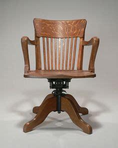 fauteuil de bureau americain fauteuil de bureau de type quot américain quot vers 1920 très